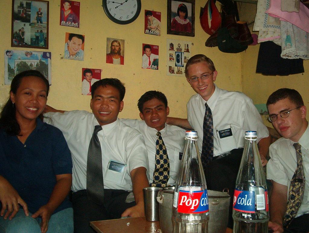 At Nanay Josie's house (nanay, Elders Sangco, Catubag, Arnesen, Matthews)