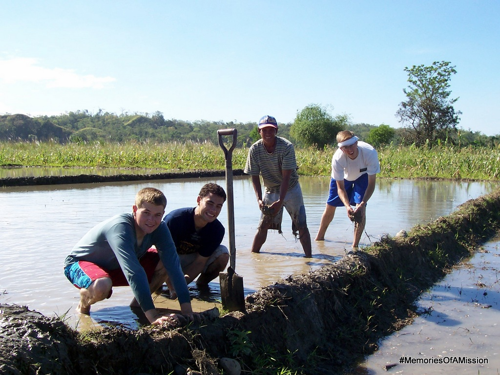 Elder Cox, Elder Fa'oa, Bro Gregorio and me working in the mud.