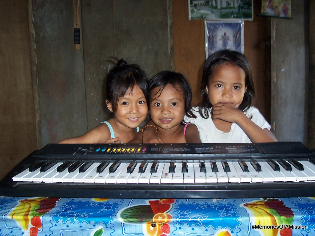 The Filipino kids are the cutest! These three loved it when we'd come visit their families. (Cherise Pulido, Michelle Viloria, Rachelle Viloria)